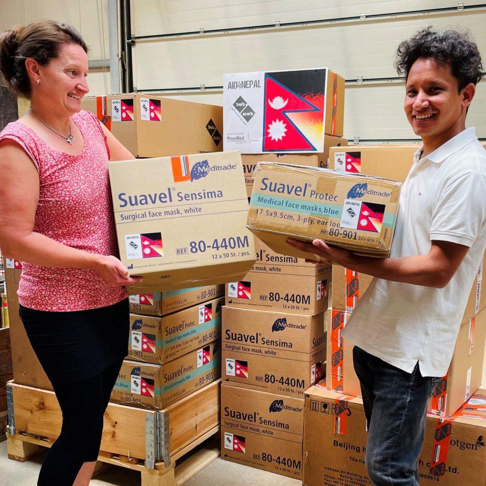 BWH und Praximed helfen mit medizinischen Produkten in Nepal